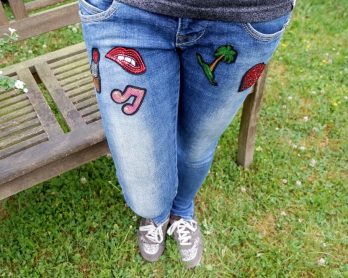 Patches-Jeans mit Patches-paillettenpatches-fashionstoff